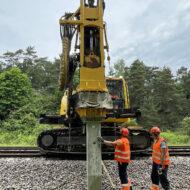 Rozpoczęła się elektryfikacja linii PKM
